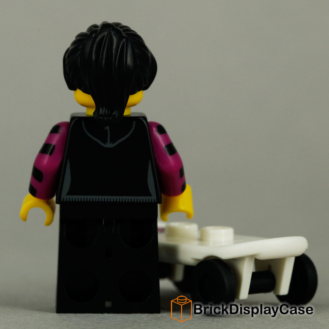 Skater Girl - 8827 Lego Minifigures Series 6